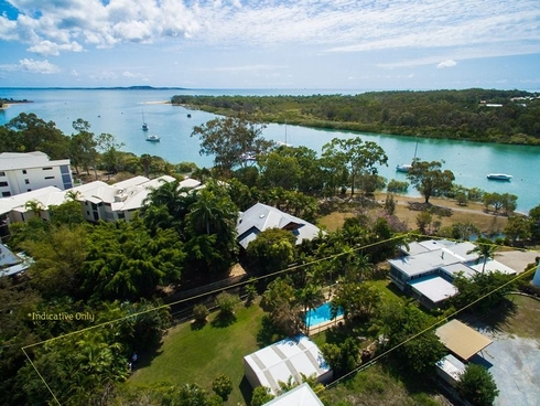 11 River Drive Boyne Island, QLD 4680