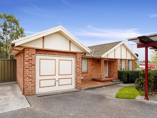 11 Derwent Place Bossley Park , NSW, 2176