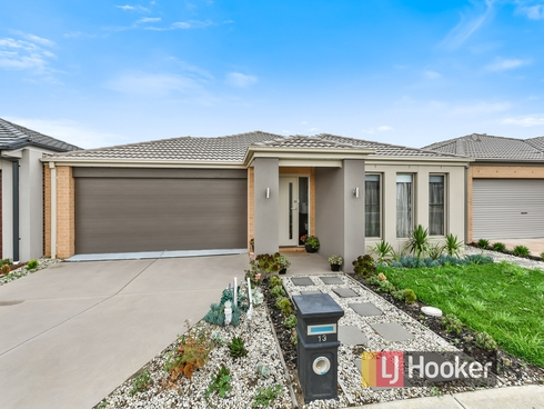 13 Alphey Road Clyde North, VIC 3978