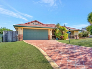 14 Hale Street Pacific Pines , QLD, 4211