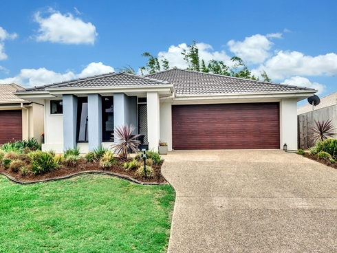 53 Dickson Crescent North Lakes, QLD 4509