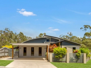 4 Clipper Terrace South Gladstone , QLD, 4680