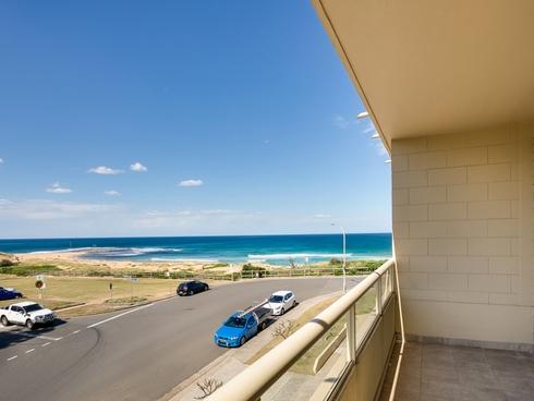 8/18 Surfview Road Mona Vale, NSW 2103