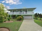 67 Taylor Street Tully Heads, QLD 4854