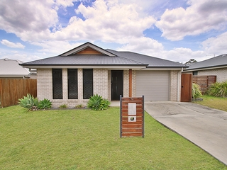 14 Spey Close Deebing Heights , QLD, 4306