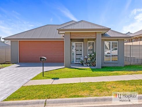 17 Slattery Road North Rothbury, NSW 2335