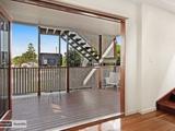 196 Rainbow Street Sandgate, QLD 4017