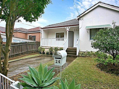 24 Barremma Road Lakemba, NSW 2195