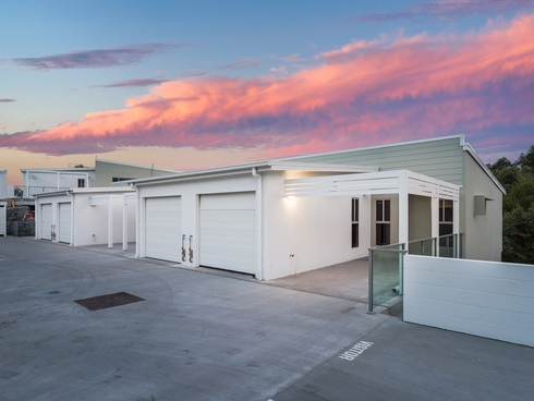 1/1 Terence Drive Oxenford, QLD 4210