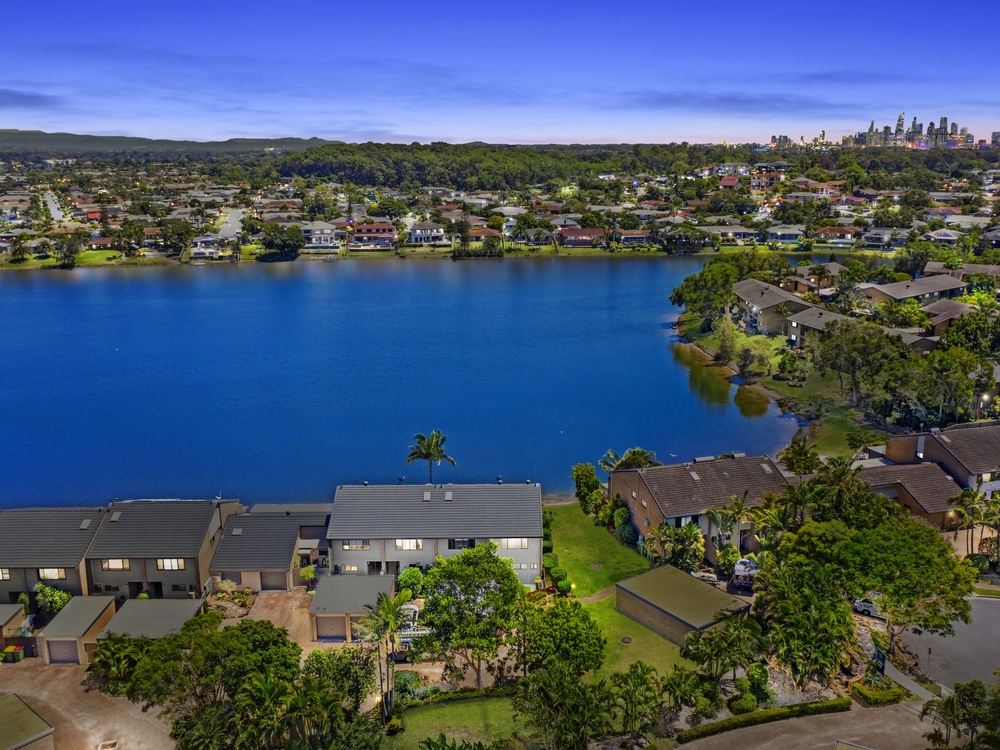31/13 Shrike Court Burleigh Waters, QLD 4220
