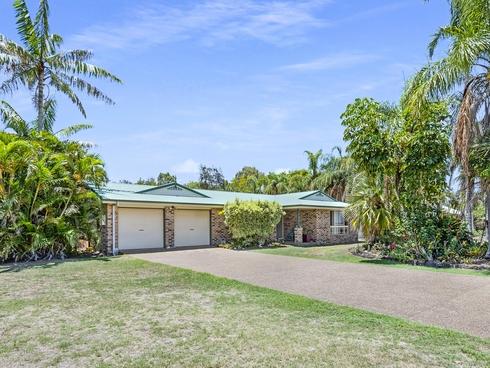 58 Rowlands Road Burnett Heads, QLD 4670