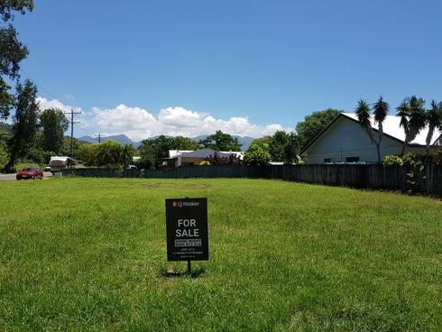137 Bougainvillea Street Cooya Beach, QLD 4873