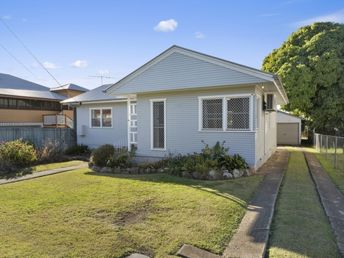 2A Sinclair Street Newtown, QLD 4305