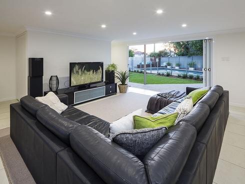 127 Victoria Street Fairfield, QLD 4103