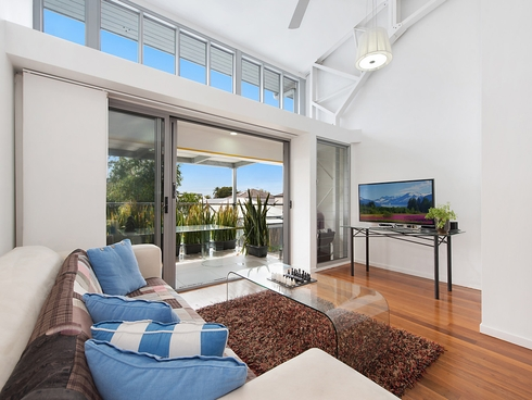 2/14 Military Close Annerley, QLD 4103