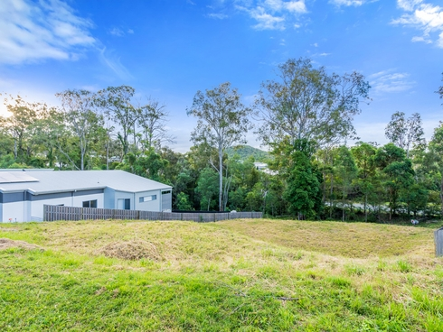 11 Joshua Place Oxenford, QLD 4210