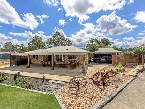 16 Ronan Lane Karalee, QLD 4306