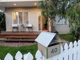 40 Hutton Avenue Wynnum, QLD 4178