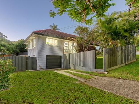 18 Wilgarning Street Stafford Heights, QLD 4053