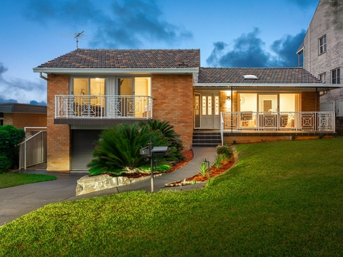 13 Saric Ave Georges Hall, NSW 2198