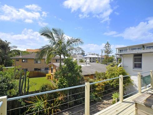 11 Tallebudgera Drive Palm Beach, QLD 4221