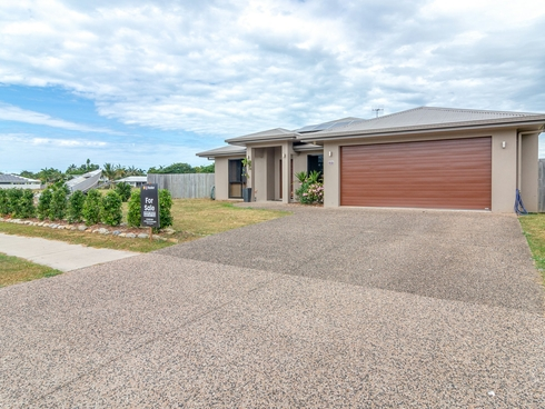 33 Bayil Drive Cooya Beach, QLD 4873