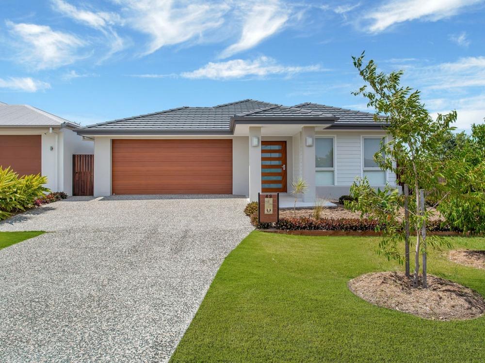 49 Lindeman Circuit Pimpama, QLD 4209