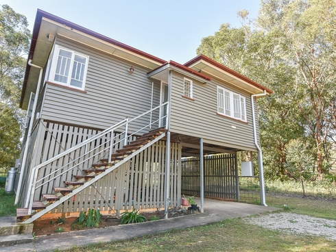 17 Dempsey Street Russell Island, QLD 4184
