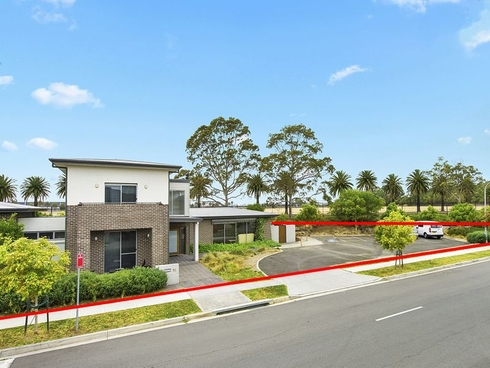 16 Rowe Drive Potts Hill, NSW 2143