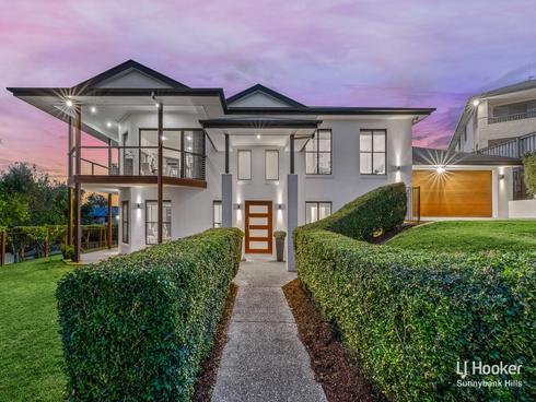63 Rowland Avenue Wakerley, QLD 4154