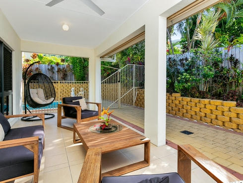 8 Sago Close Palm Cove, QLD 4879
