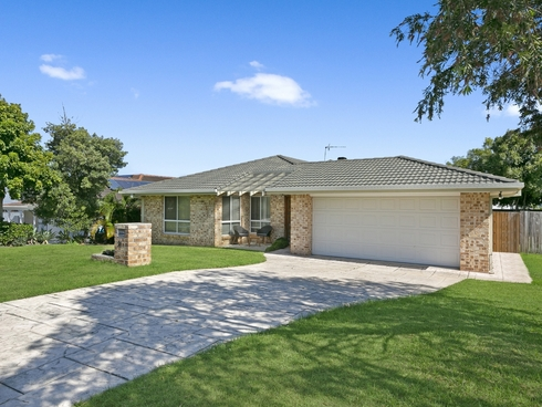 31 Beaconsfield Drive Burleigh Waters, QLD 4220