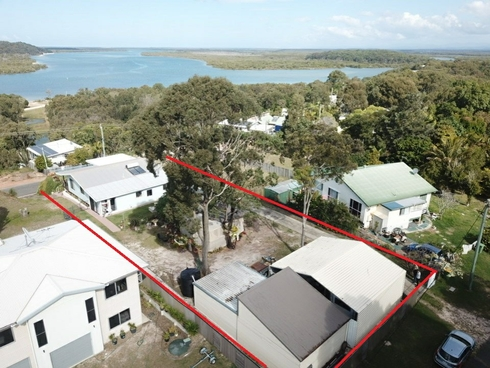 21 Crescent Drive Russell Island, QLD 4184