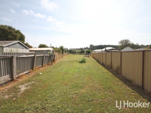 7a Laurie Street Collie, WA 6225