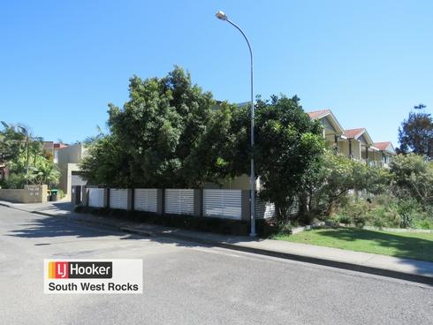 3/16 Paragon Avenue South West Rocks, NSW 2431