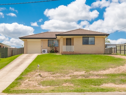 33 Lily Street Southside, QLD 4570