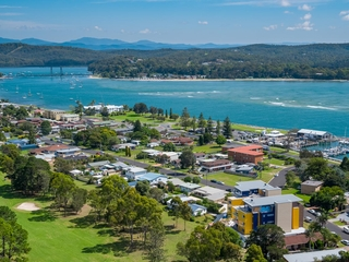 30 Golf Links Drive Batemans Bay , NSW, 2536