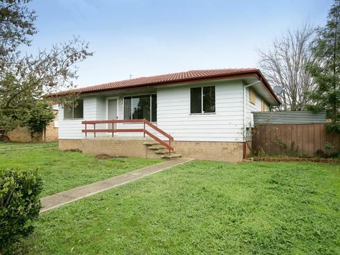 137 Raye Street Tolland, NSW 2650
