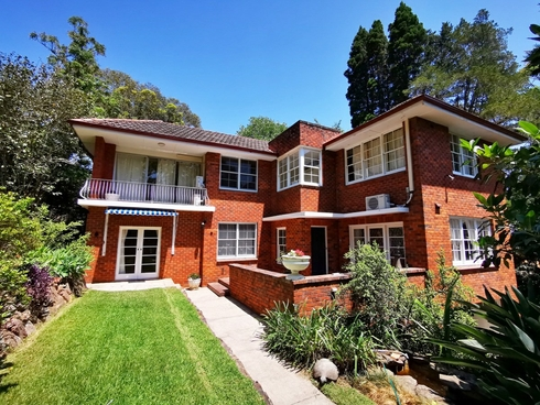 8 Bloomsbury Ave Pymble, NSW 2073