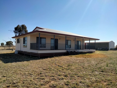 112 Ona Ona Road Roma, QLD 4455