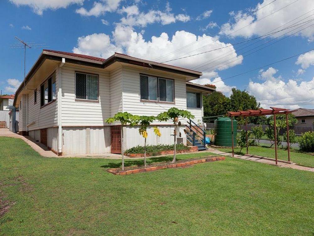 24 McCarthy Rd Salisbury, QLD 4107