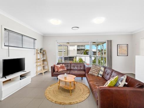 1/90 Stephens Street Morningside, QLD 4170