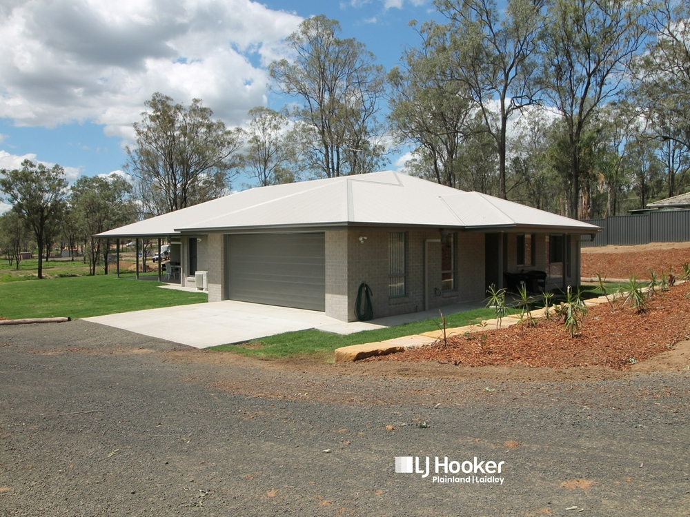 45 Wagtail Drive Regency Downs, QLD 4341