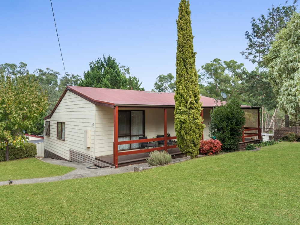 16 Mia Mia Road Broadford, VIC 3658