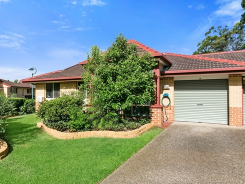 19/64 Brown Street Labrador, QLD 4215