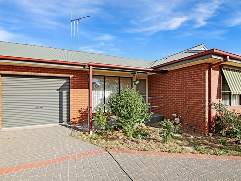 2/14 Carrier Street Benalla, VIC 3672
