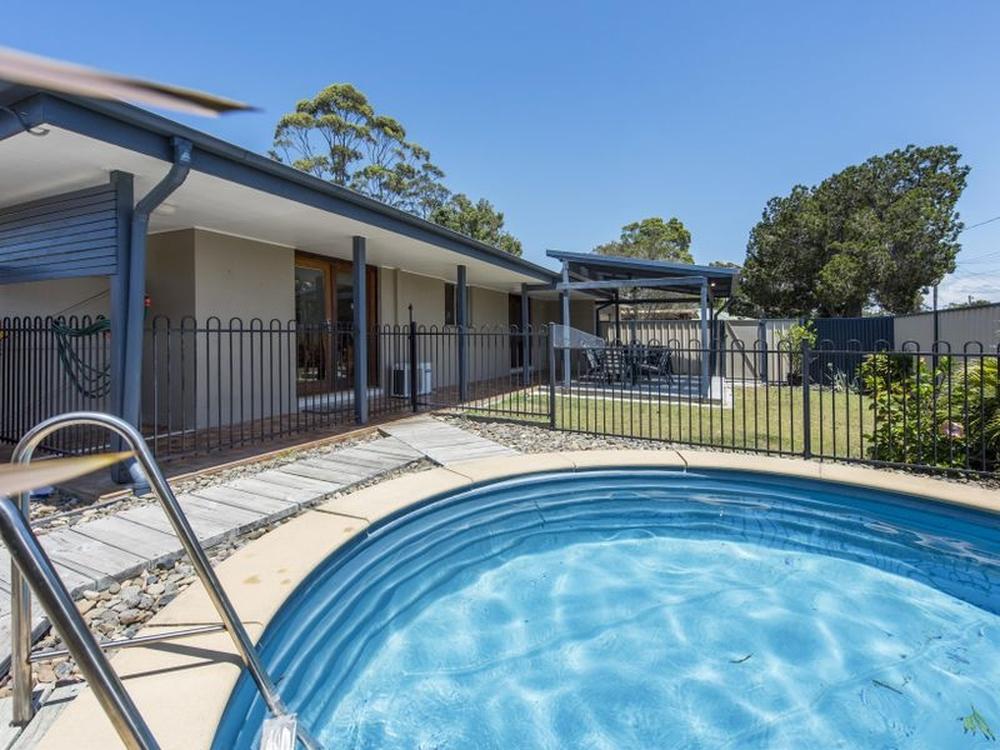 16 Loxton Avenue Iluka, NSW 2466
