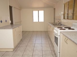 Unit 1/25 Murray Tully , QLD, 4854