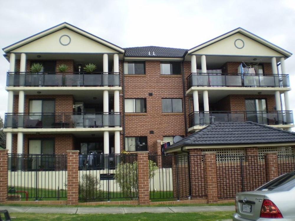 Unit 18/14-16 White Avenue Bankstown, NSW 2200