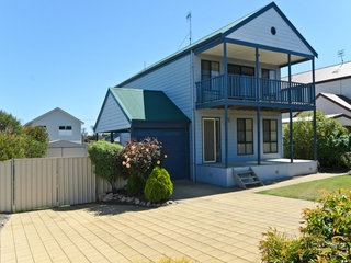 1 Gordon Street Goolwa Beach , SA, 5214